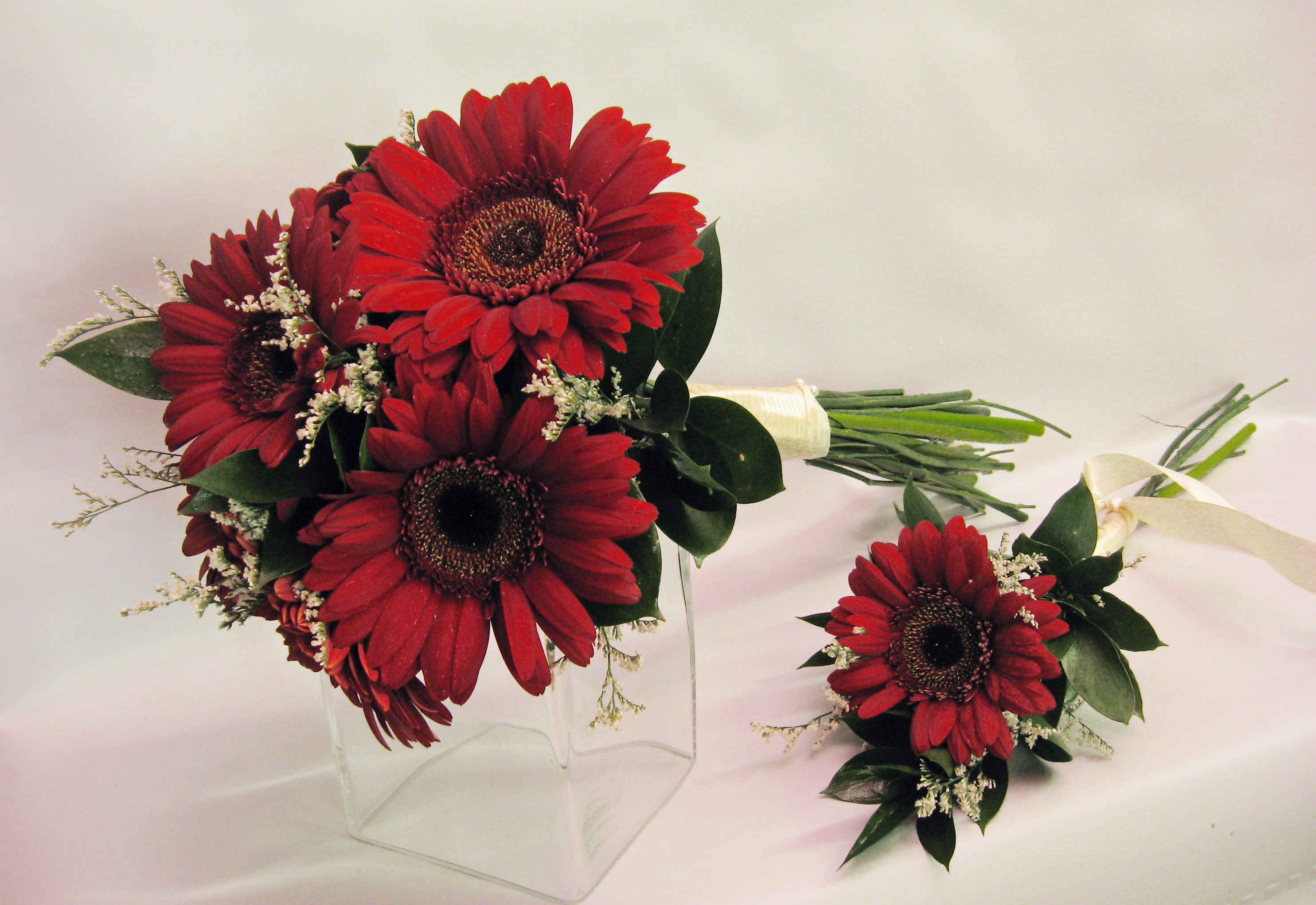 Fall Gerbera Daisy Bouquet Wedding Flowers | Piza...